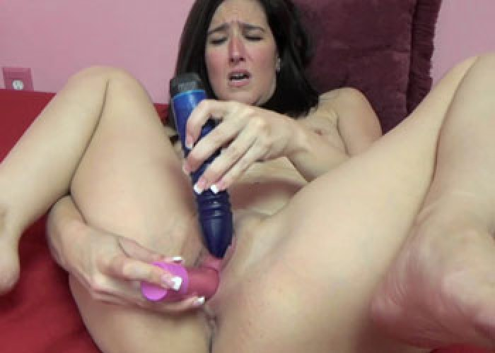 Horny milf deliah dukes is on her knees and sucking dick 1
